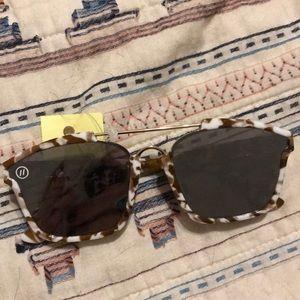 Blenders eyewear brown marble glasses